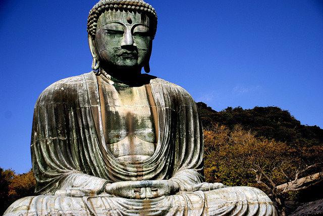 Великий Будда  Камакура — колоссальный памятник культуры. Япония