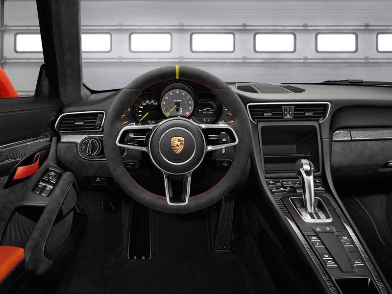2015 Porsche 911 GT3 RS - характеристики, фото, видео, цена