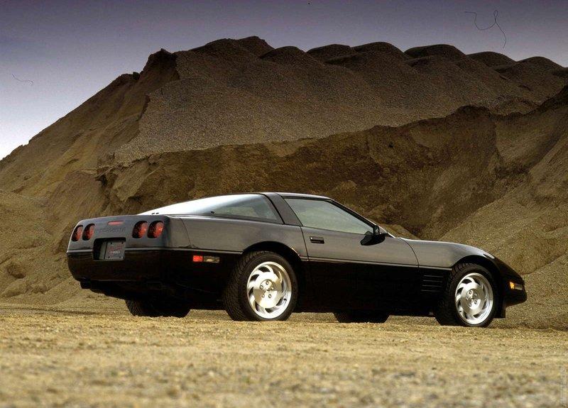 Фото›1983 Chevrolet Corvette C4