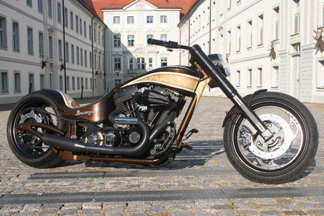 Новый чоппер Custom-Wolf Harley-Davidson