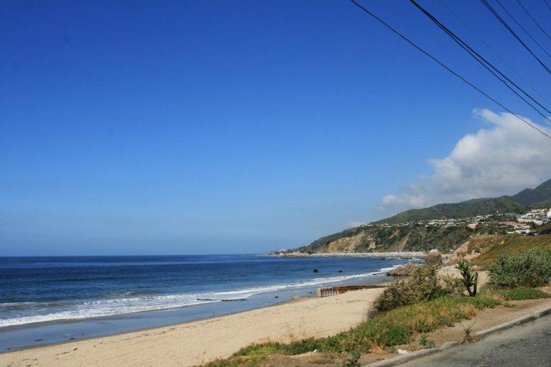 Pacific Coast Highway 02