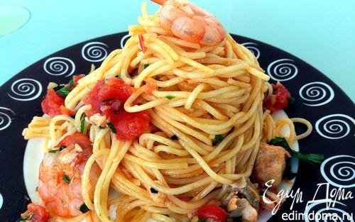 Паста с семгой и креветками | Кулинарные рецепты от «Едим дома!»