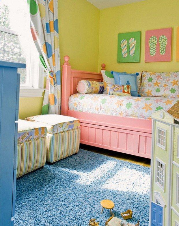 красочный интерьер детской комнаты для девочки