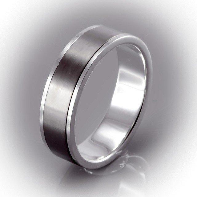 ЛАРИОН кольцо мужское из серебра