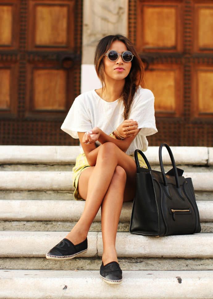 На фото модели демонстрируют летние туфли