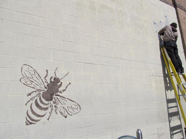 Трафареты пчелок: трафареты пчел для вырезания, на стену, окно, как способ декорирования | вТему