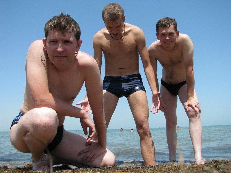 Трое русских парней подвели 14
