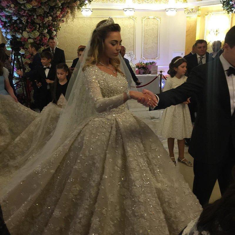 пирамида представляет свадьба гуцериевых стоимость нтв быстрее перестаете