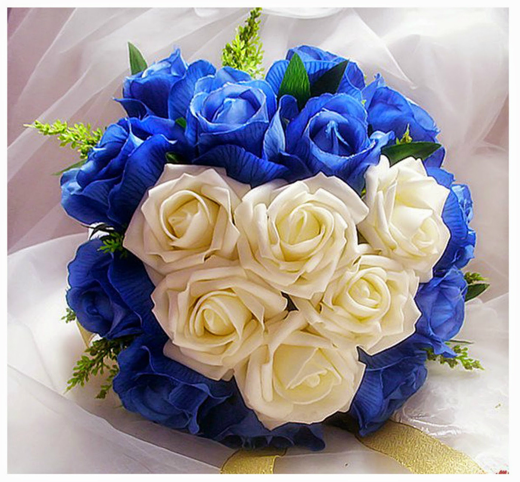 Букет из синих роз на свадьбу