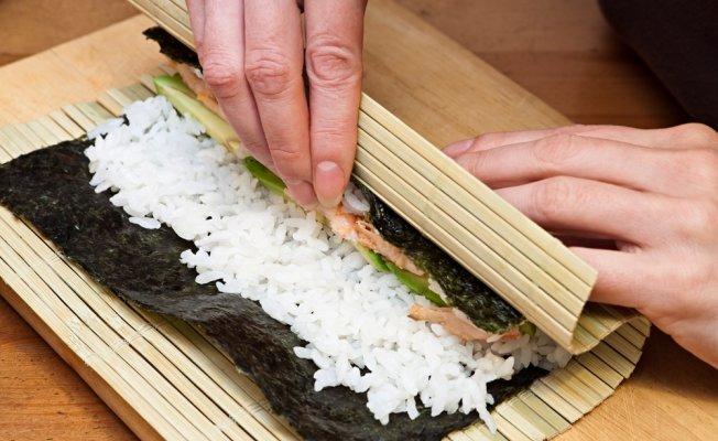 Как правильно варить рис: для суши, роллов и других блюд