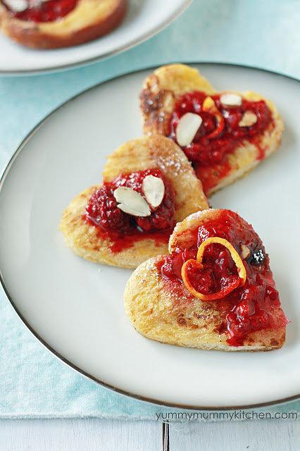 На завтрак – французские тосты с ягодами - cosmo.com.ua