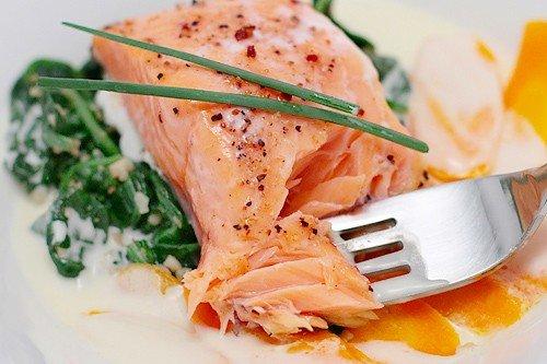 Отварная рыба – рецепты вкусных и полезных блюд