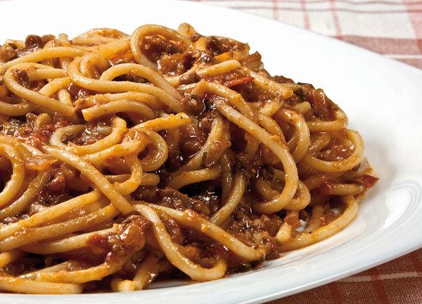 Спагетти под нутовым соусом