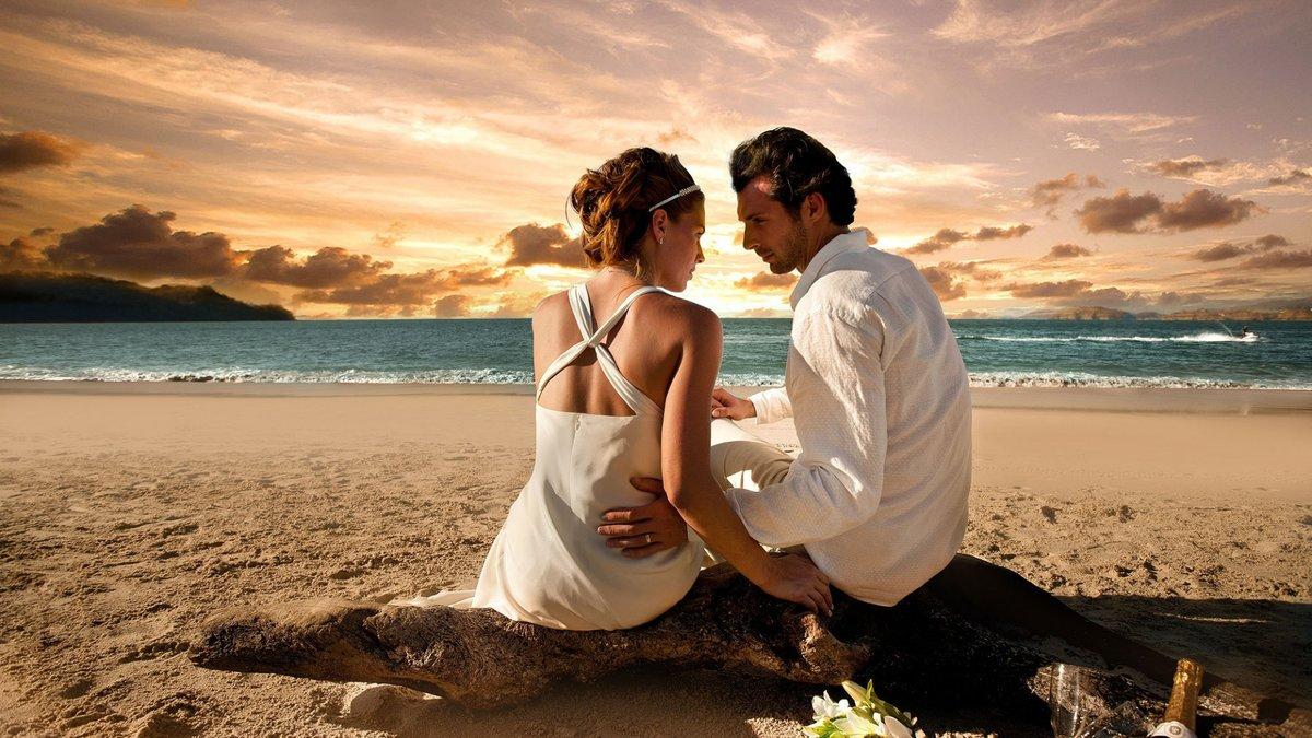 Картинки море и двое влюбленных