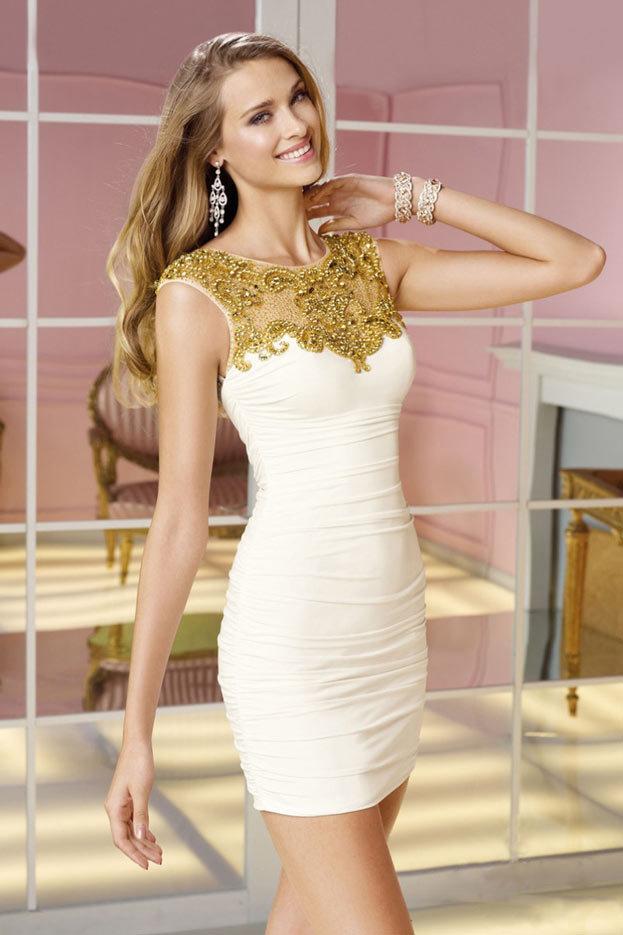 модель короткого свадебного платья