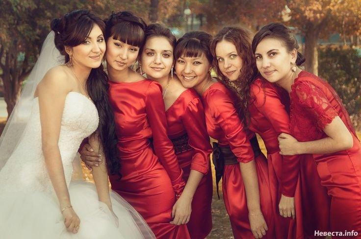 Осенние платья для подруг невесты