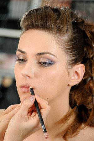 Выпускной макияж, работа с косметикой MakeUp Factory