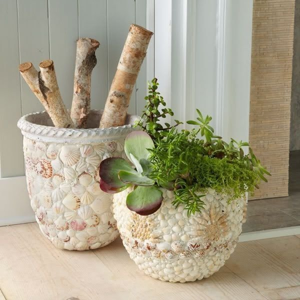 ♥♥♥ Напольные вазы своими руками: как сделать декоративные предметы интерьера из трубы, из веток, готовых стеклянных ваз для цветов. Мастер-классы и фото.