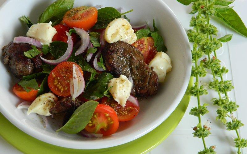Салат из куринной печени с фото