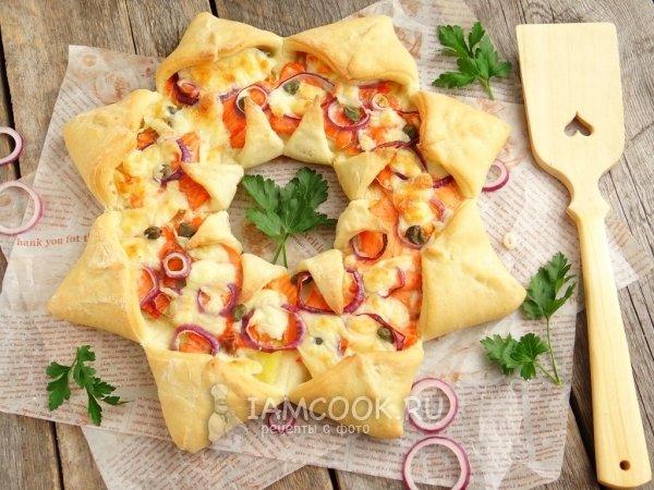 Рецепт пиццы «Солнце» с форелью и картофелем