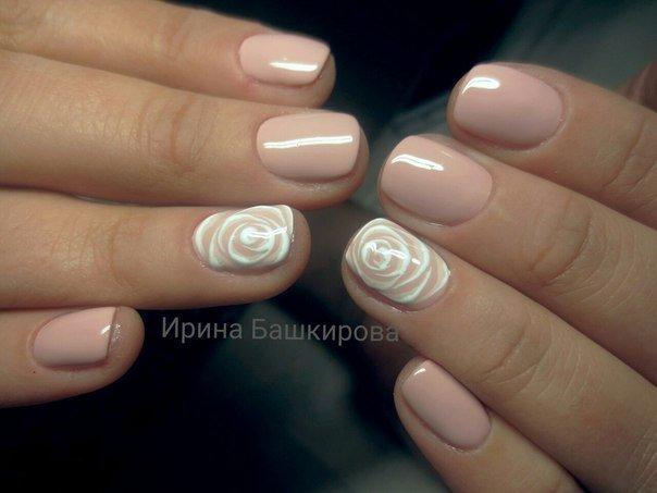 фото ногти телесного цвета
