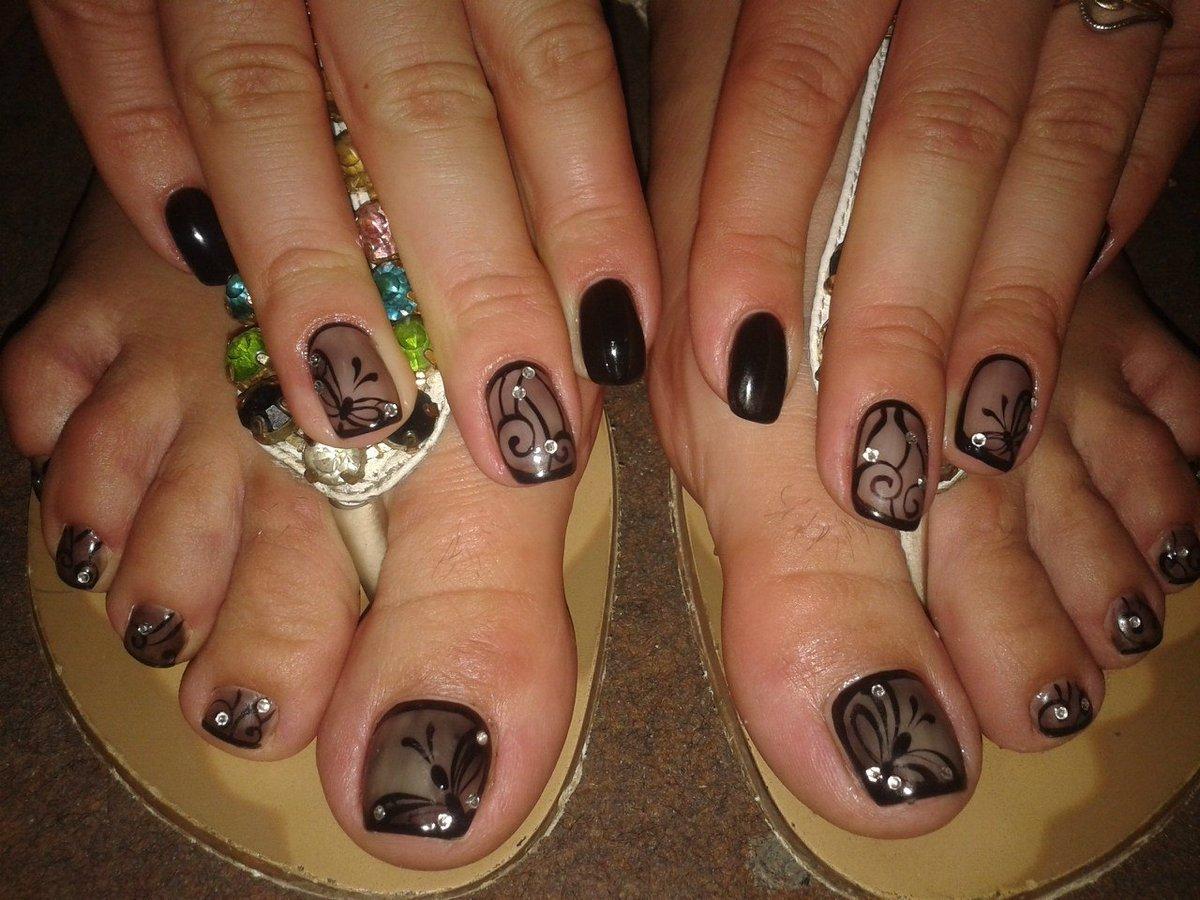 тут дизайн ногтей на ногах черный фото люди любят