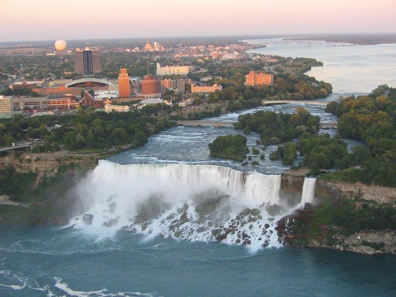 """Американский водопад и водопад """"Фата"""""""