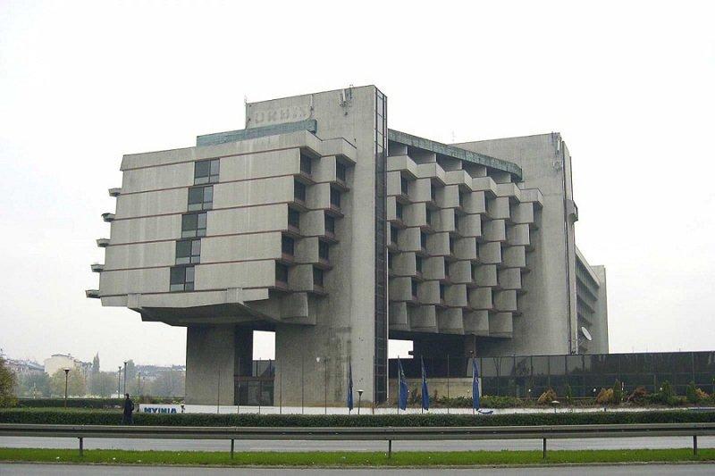 Отель Форум в Кракове  Отель в стиле брутализма, выстроенный в середине 1970-х
