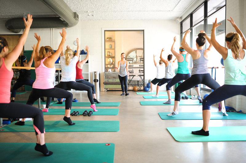 Фитнес зал и рабочая отмасфера