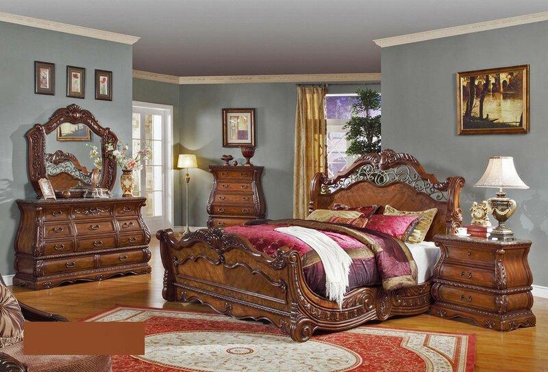 Кровать для викторианской спальни
