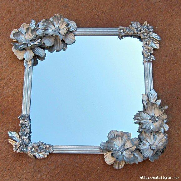 Цветочная рама для зеркала