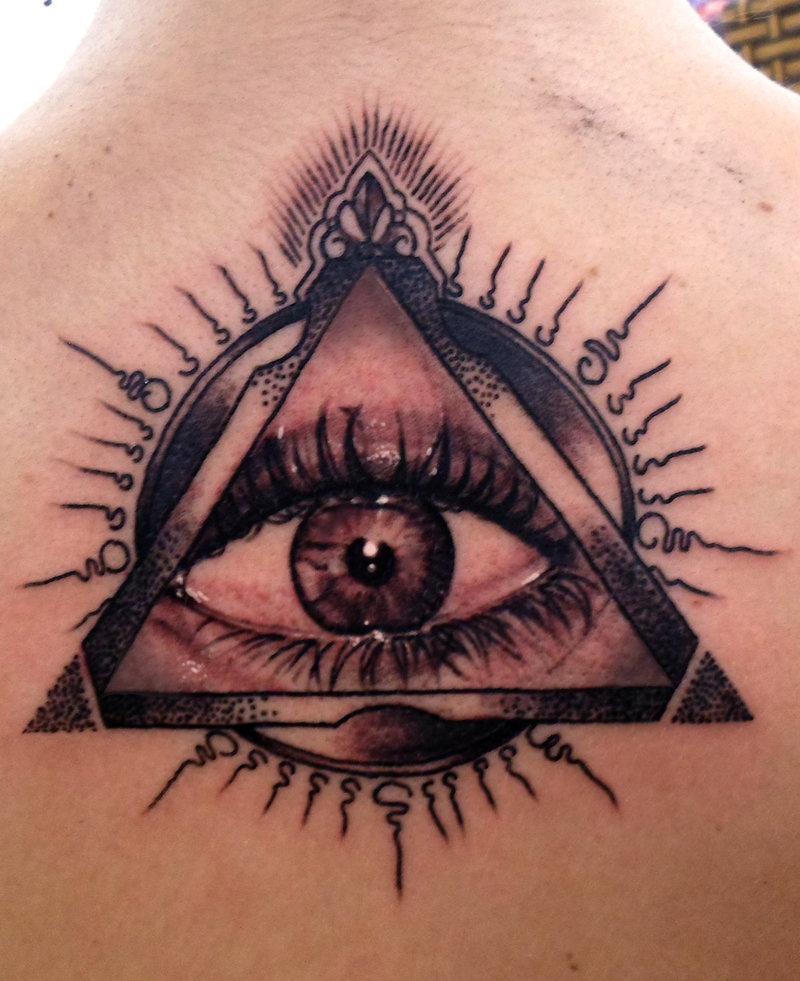 Значения татуировки всевидящее око