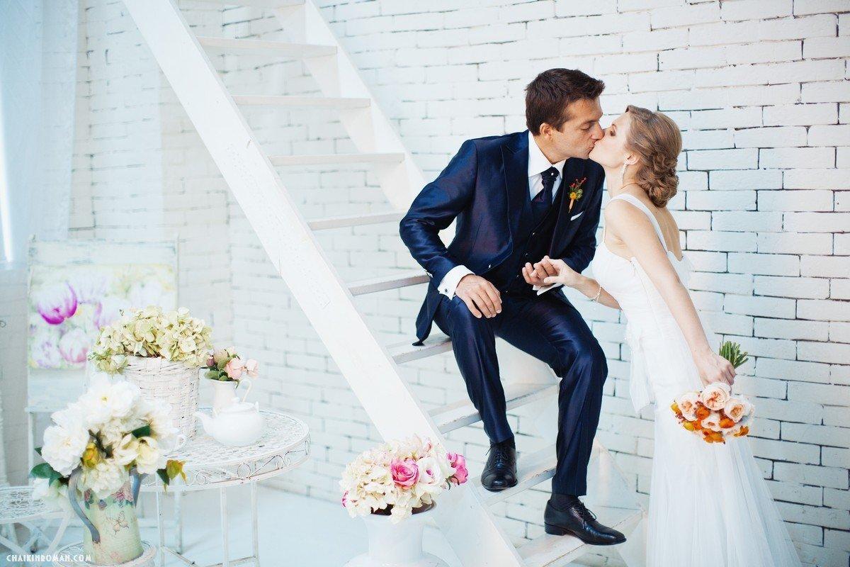 Свадебные букеты для невесты фото из лилий клубе