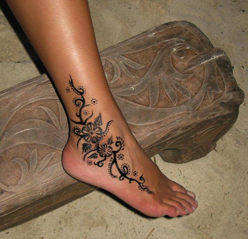 Татуировка на щиколотке девушки это сексуально