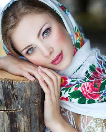 Павловопосадские платки и по сей день считаются самыми красивыми, качественными и шикарными.