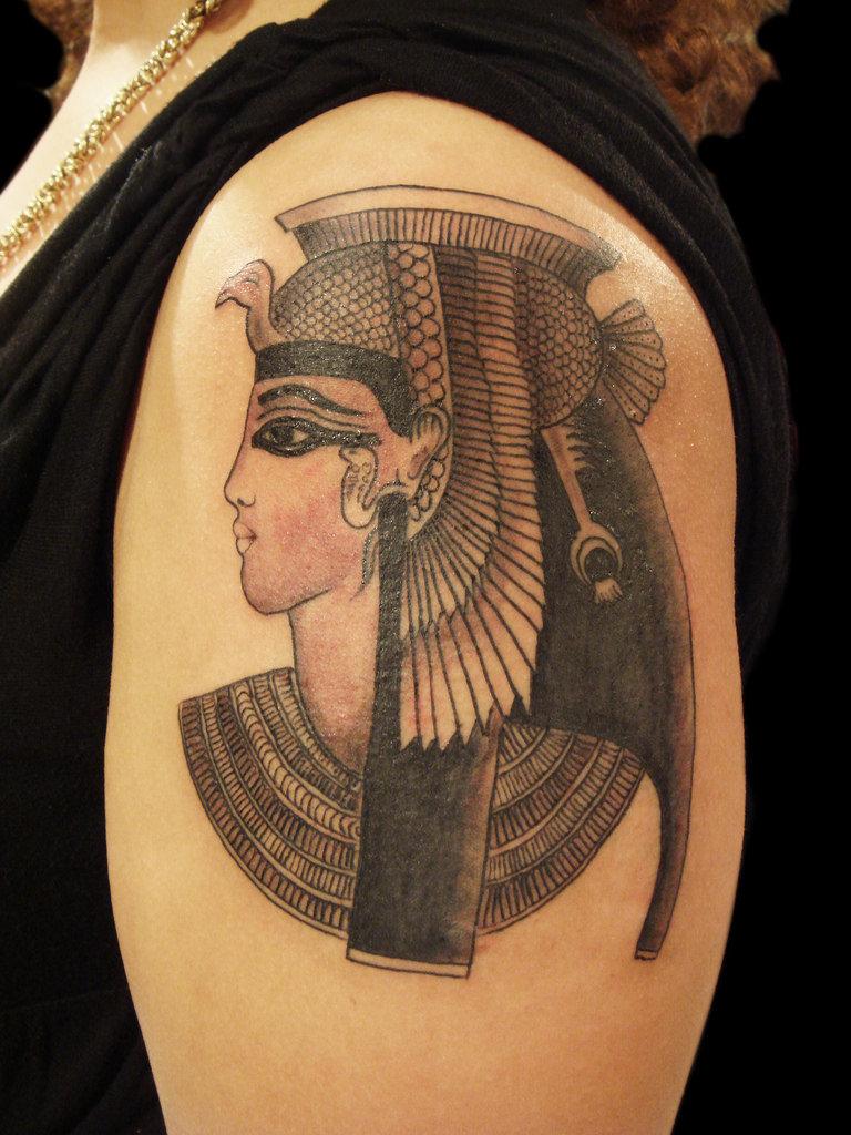Татушка египетской императрицы фото