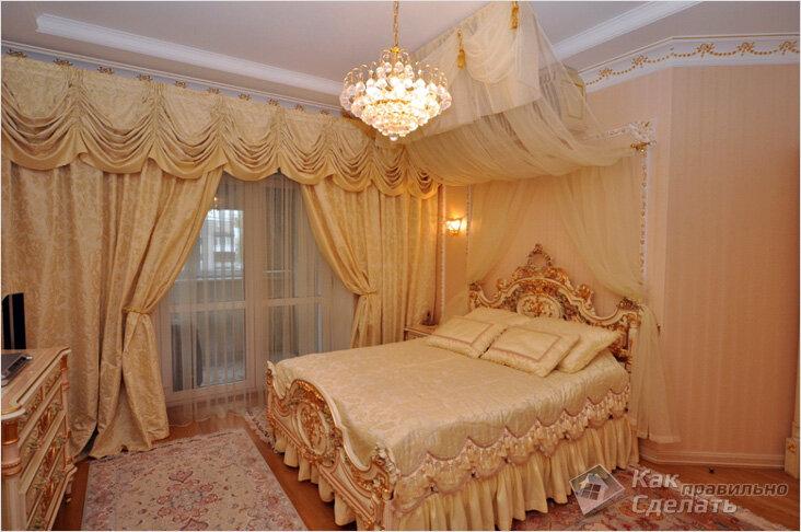 Кровать с балдахином в викторианском стиле