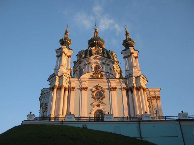 Андреевская церковь в Киеве на карте с описанием и фотографиями