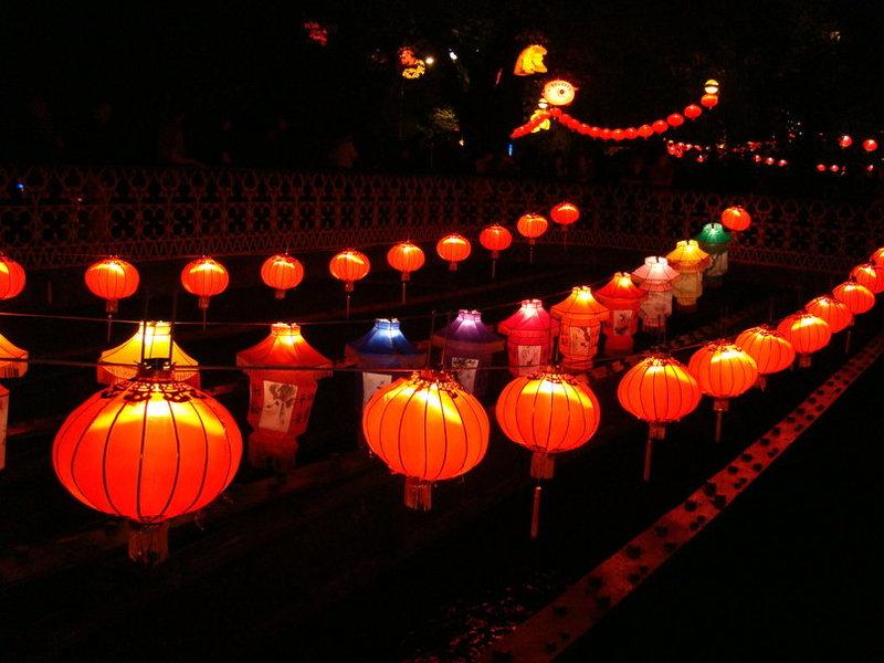 китайские фонарики вектор