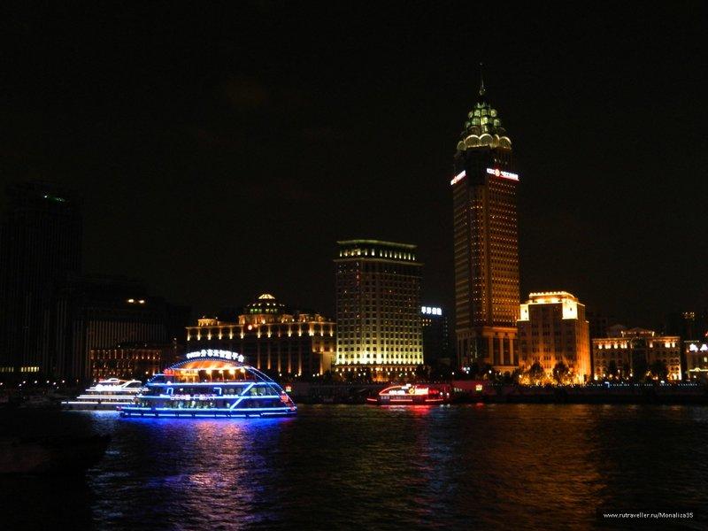 Китай, Шанхай, Река Хуанпу ночью
