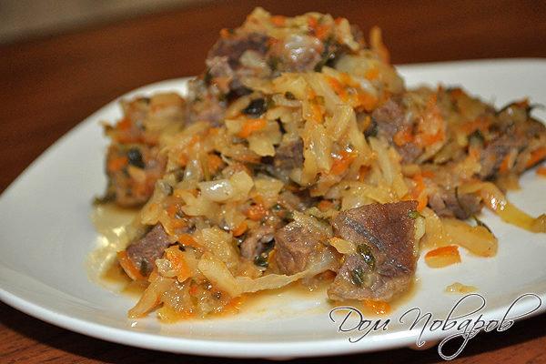 тушеная капуста рецепт с овощами и мясом