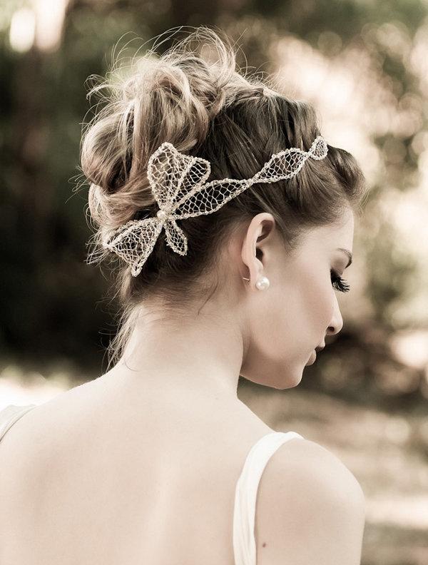 Прическа для свадьбы должна быть красивой и особенной.