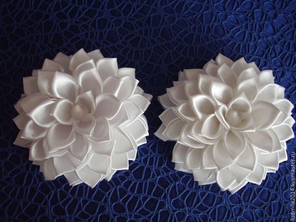 Белые банты канзаши пошаговое фото