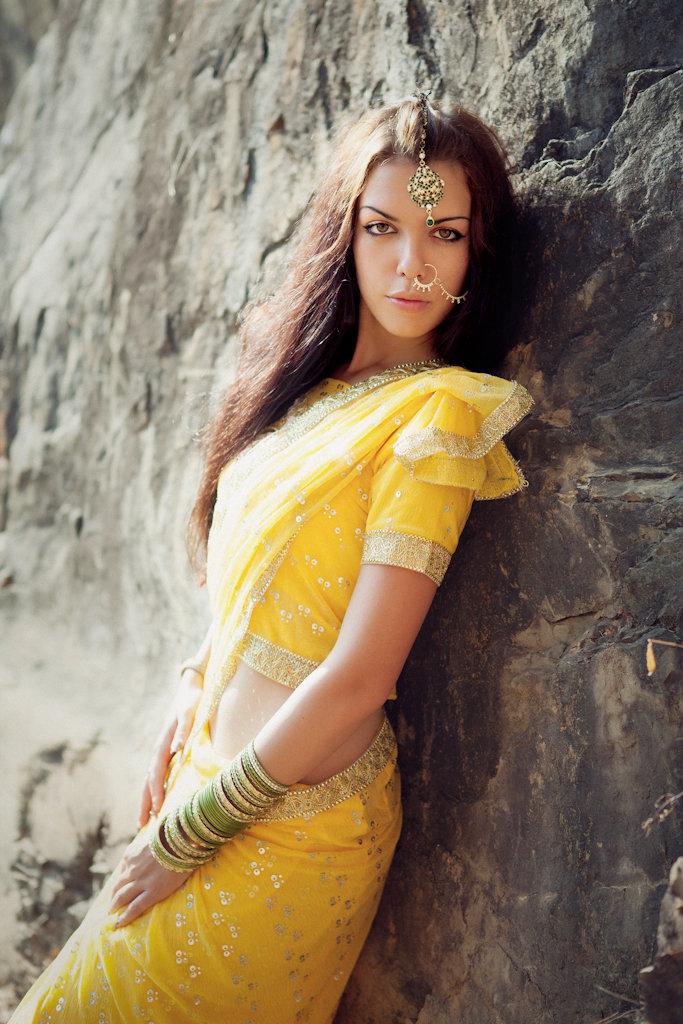 Индийские женщины на природе — photo 6