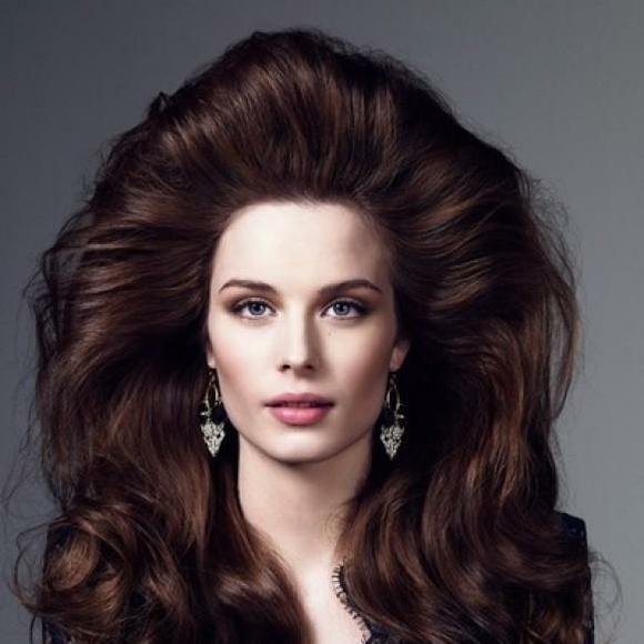 Фото пышных причесок на длинные волосы