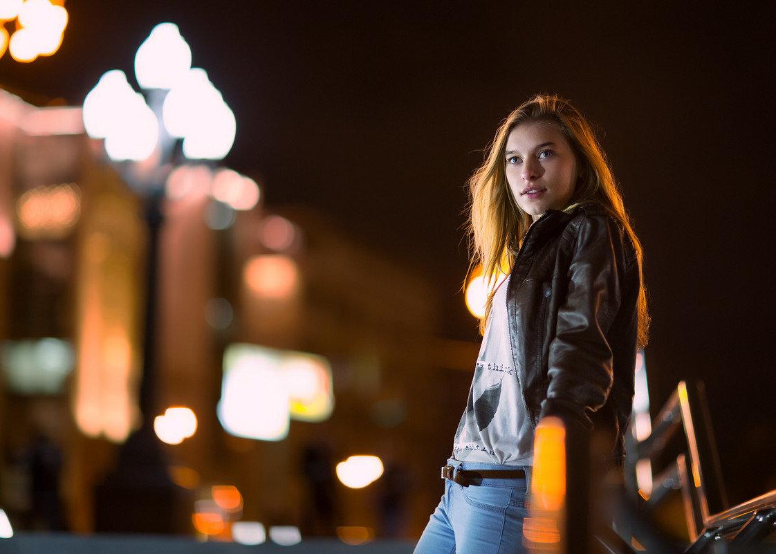 фотопортрет в ночном городе стали вспоминать