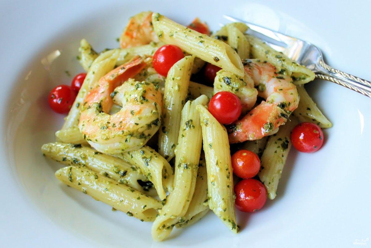 Обыкновенные, привычные всем, макароны можно приготовить так, что получится настоящее праздничное вкуснейшее блюдо.