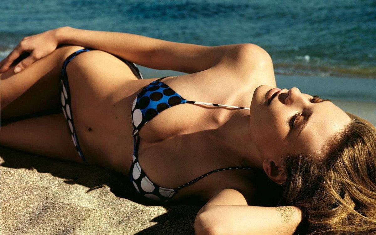 Дочери открытки, картинки девушки на пляже
