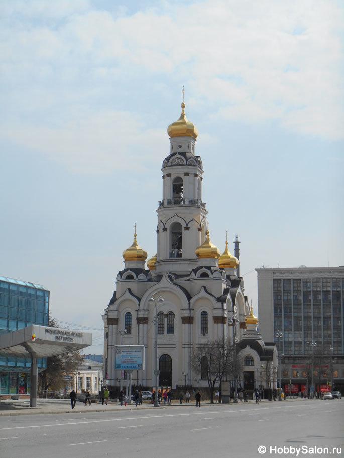 Храм-колокольня Большой Златоуст (Максимилиановская церковь). Адрес: улица 8 Марта, 17а, Екатеринбург, Россия