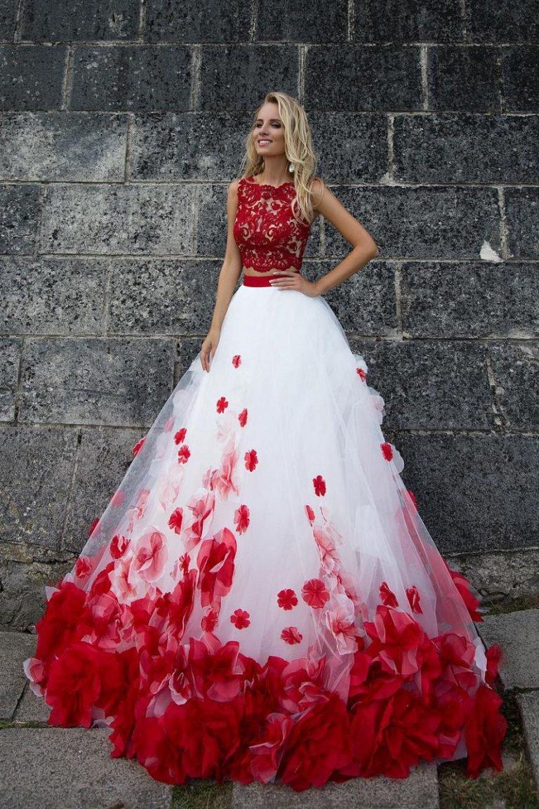 Свадебное платье красно-белое